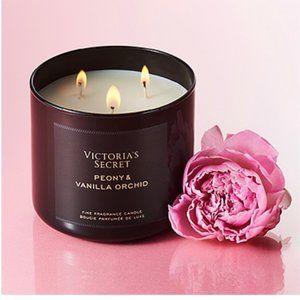 Victoria's Secret Peony & Vanilla Orchid Candle